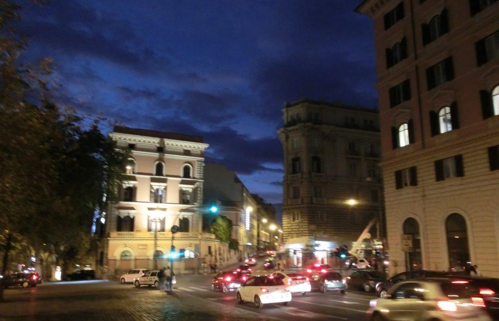 イタリア旅行、ローマの夜の風景