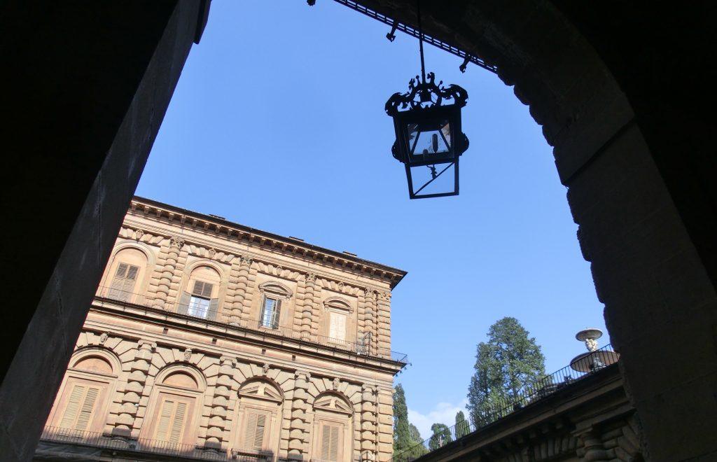 フィレンツェのボーボリ庭園のおしゃれカフェでのお会計