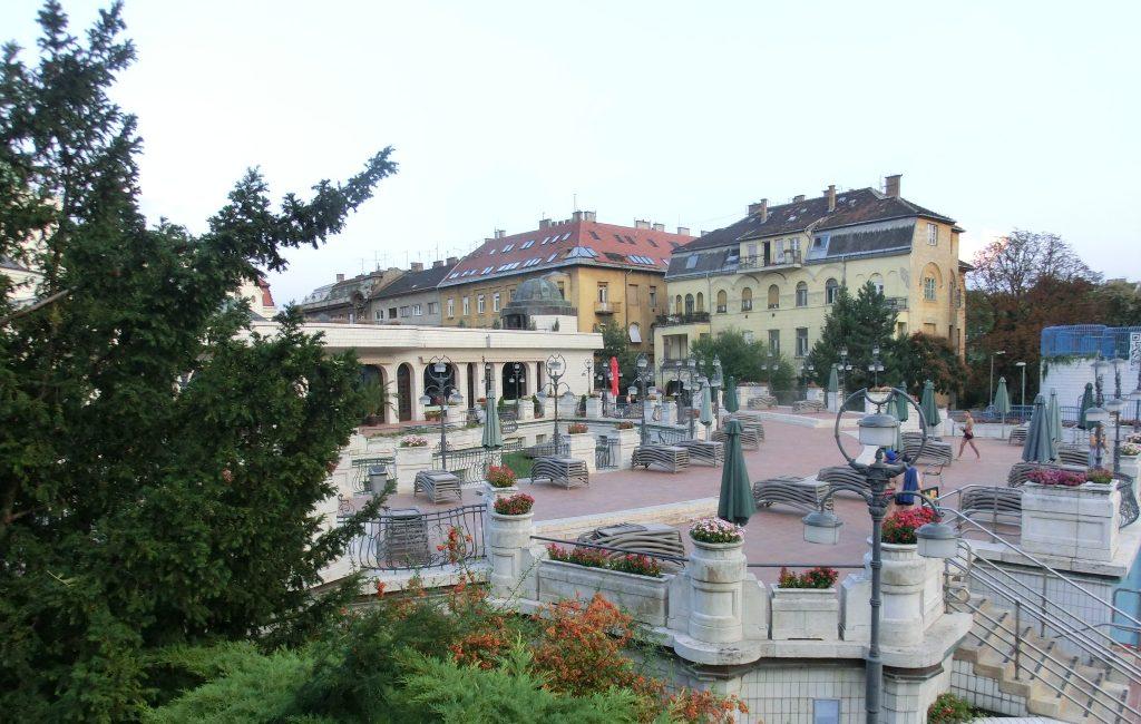 ブダペストのゲッレールト温泉の風景
