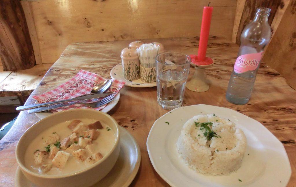 ブダペストのおすすめレストラン「パプリカ」でランチ