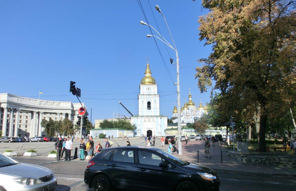 キエフの観光・有名な観光スポット「聖ミハイルの黄金ドーム修道院」