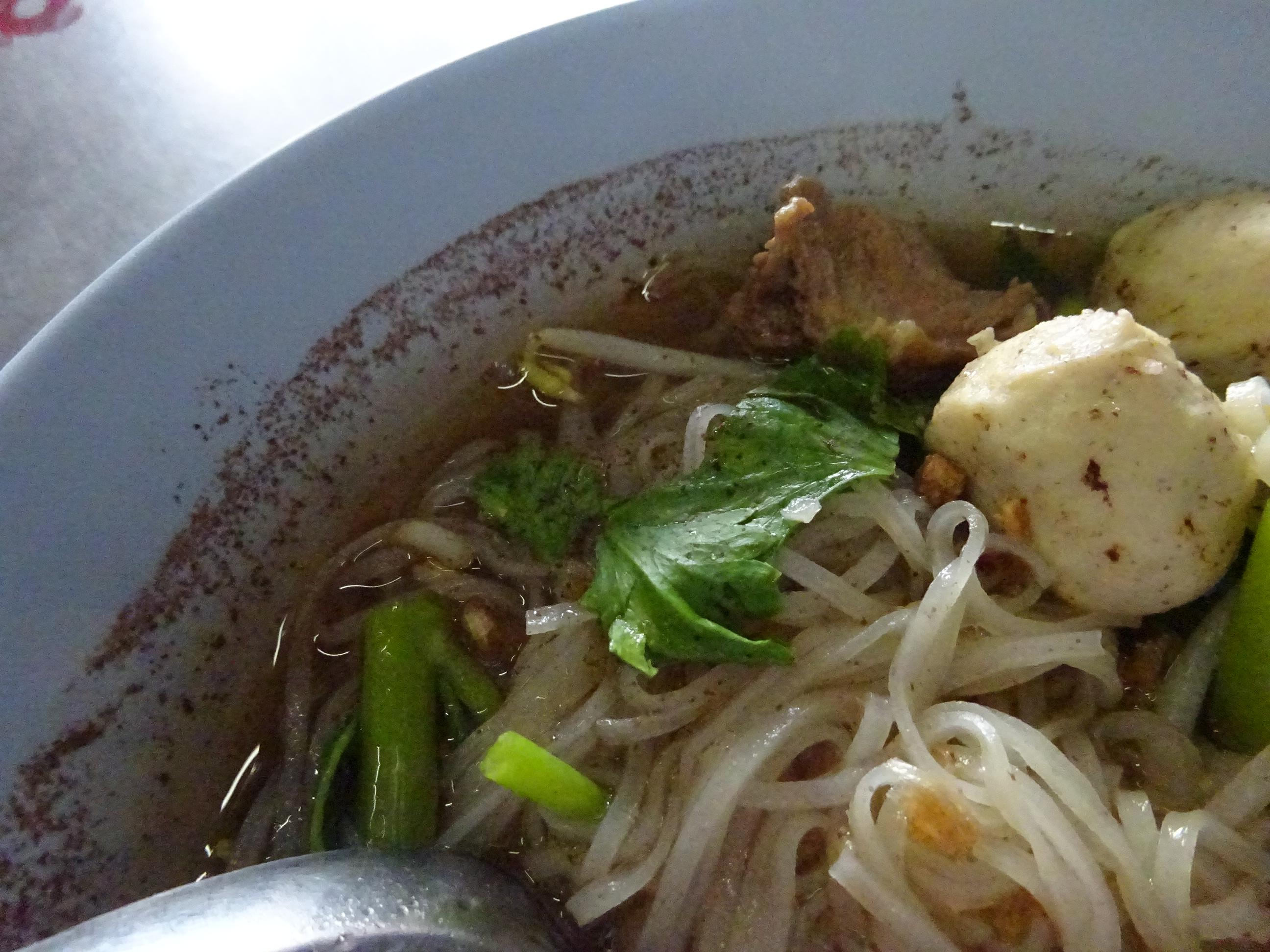 バンコクの屋台「B級グルメ」おすすめ麺料理の拡大