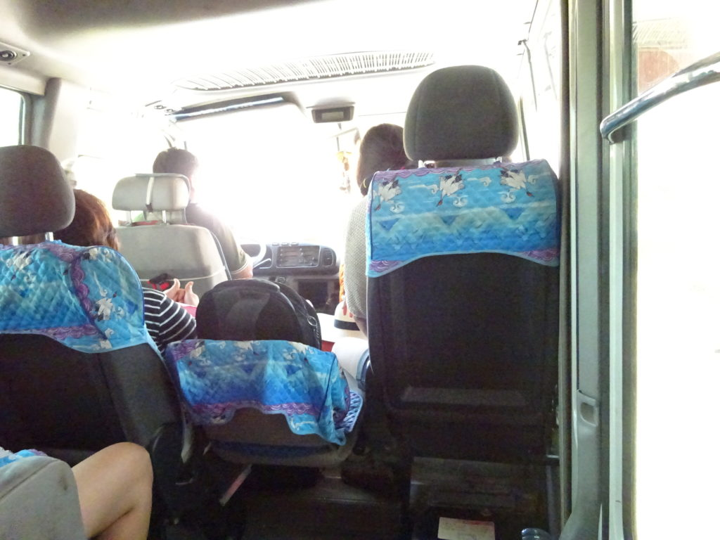 バンビエンからルアンパバーン行きのバス
