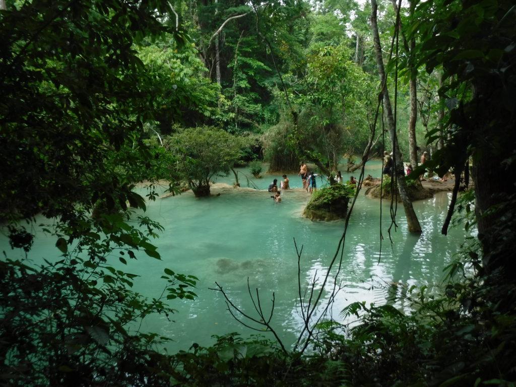 ラオス・ルアンパバーン「クアンシーの滝」楽園感がハンパない