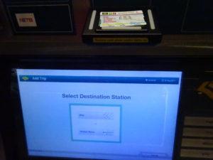 シンガポールの地下鉄「スタンダードチケット」を使っての券売機操作