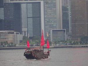 香港観光ビクトリアハーバーからの眺め